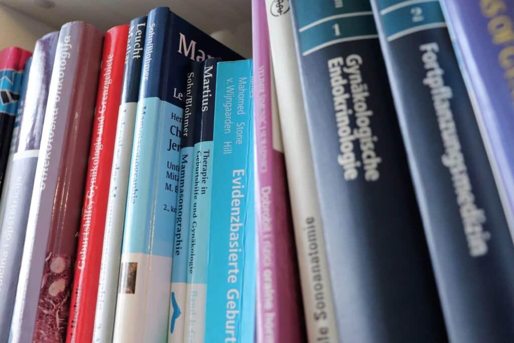 Libros de materias de la carrera de medicina